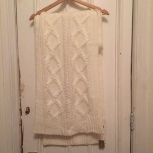 JCrew Loopy Stitch Ivory Cable-knitScarf